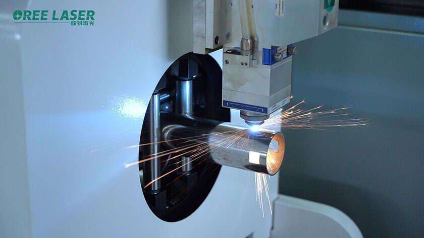 Comment choisir correctement la position du point focal lors de la coupe au laser
