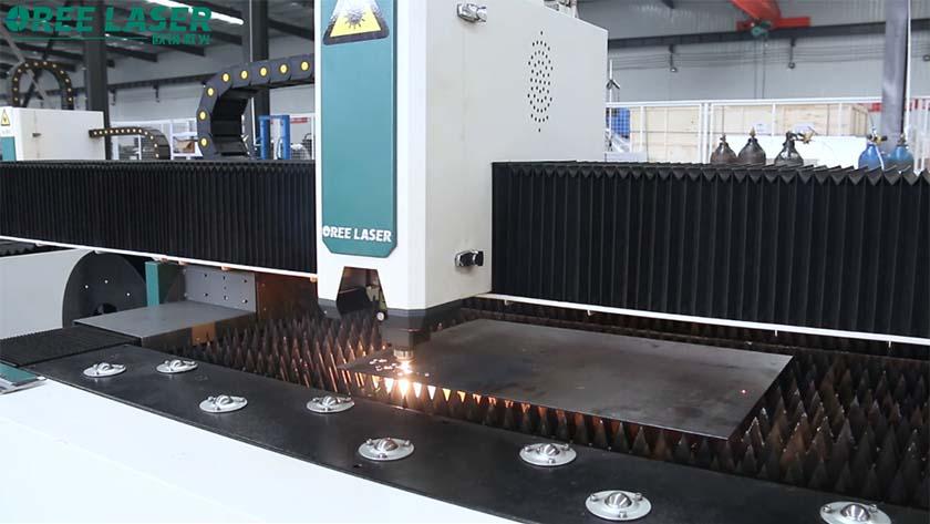 Qu'est-ce qui doit être remarqué lors de l'achat de la machine de découpe laser ?